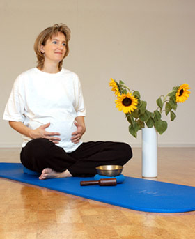 Yoga eine optimale Geburtsvorbereitung